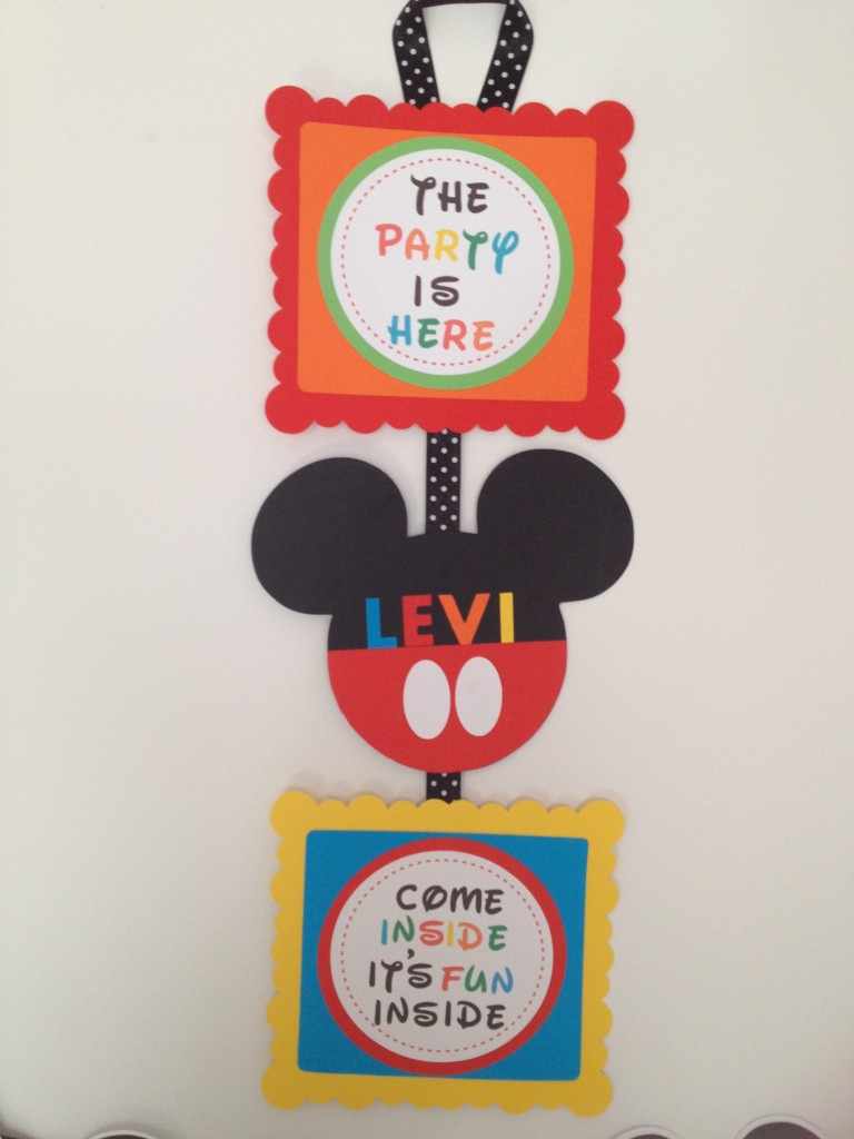 photo relating to Free Printable Door Signs named How in the direction of deliver a Mickey Mouse Motivated Celebration Doorway Signal with