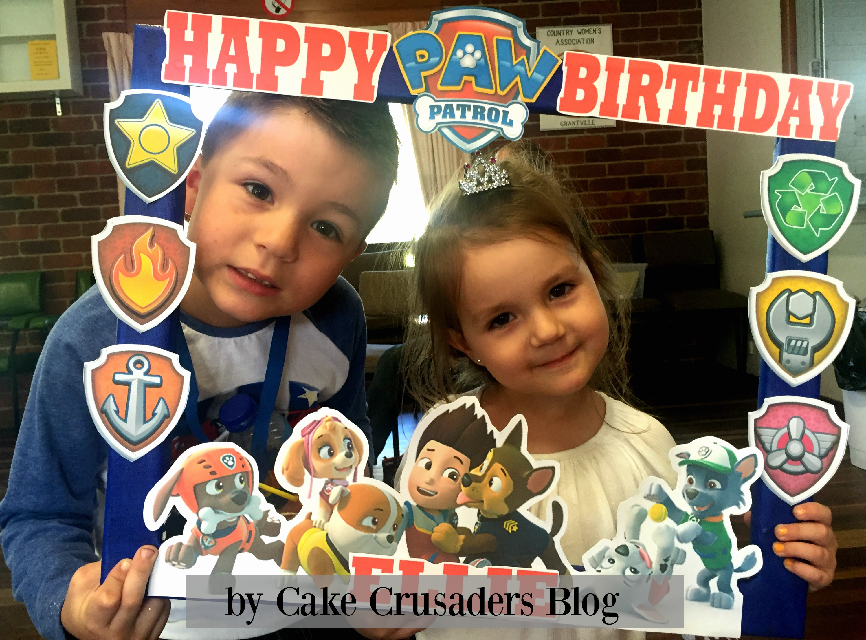 DIY Paw Patrol Photo Prop Frame FREE printables included